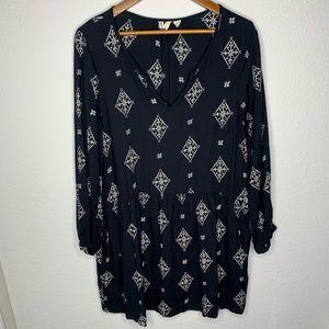 3/$30 Roxy Geometric navy dress medium